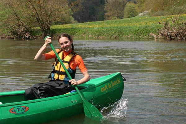 Im Kanu mit Schwimmweste